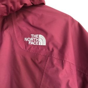 The North Face Jackets & Coats - The North Face weatherproof rain wind jacket